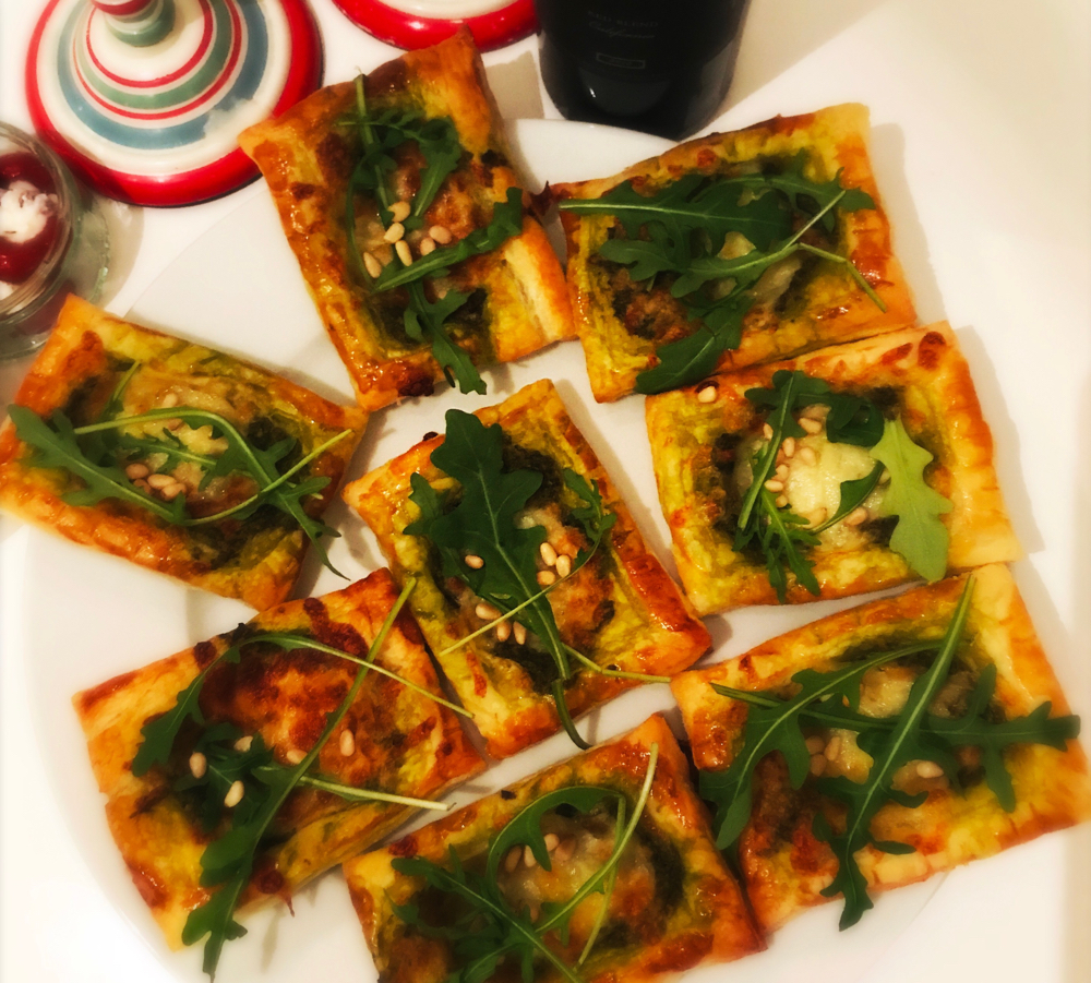 christmas-party-food-and-canape-ideas-pesto-bites